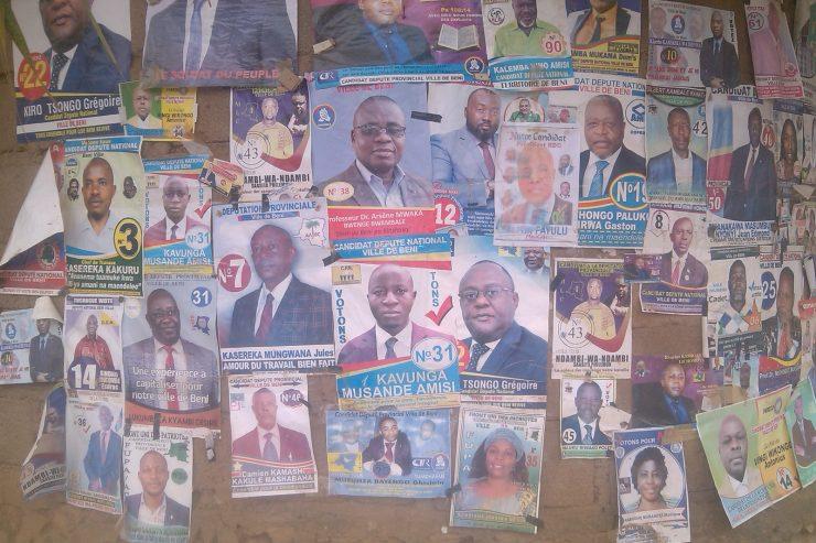 affiches des campagnes des candidats députes nationaux et provinciaux à Beni (Nord-Kivu, RD Congo)
