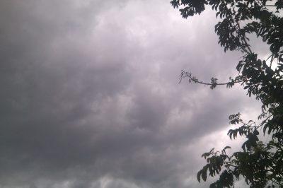 L'annonce de l'orage dans le ciel © Hervé Mukulu
