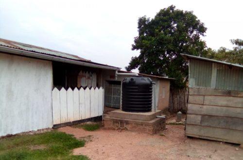 Article : Maladie Ebola : le dilemme de fréquenter les structures sanitaires de base